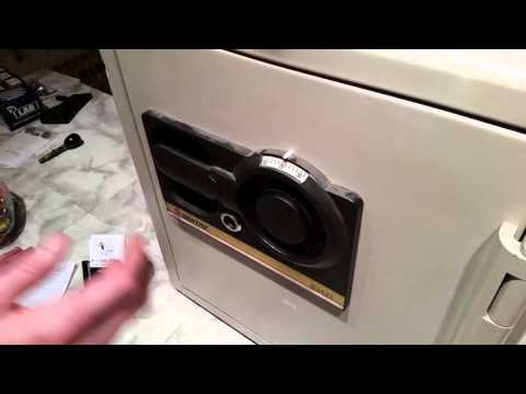 How to open a Sentry Safe combination lock--3 wheel dial