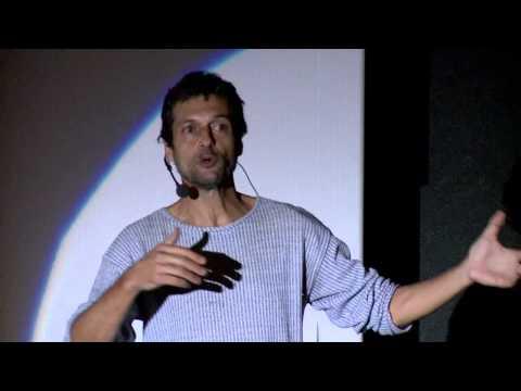 A determinação para achar o sentido da vida: Eduardo Marinho at TEDxAvCataratas