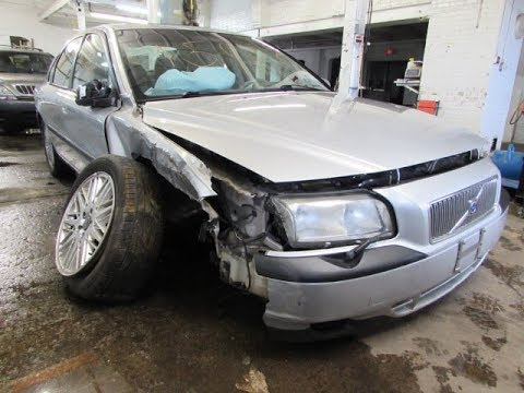 I crashed my Volvo S80 - Car Accident 2017