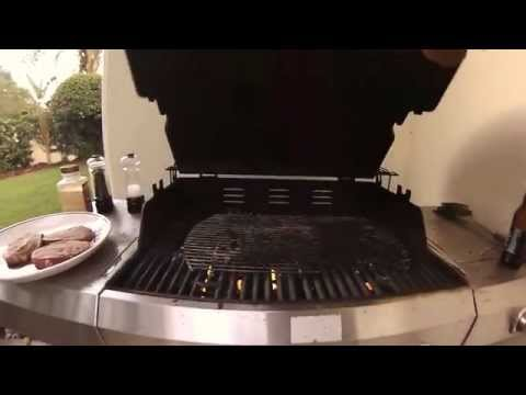 How to Cook the Best Steak on a Gas Grill
