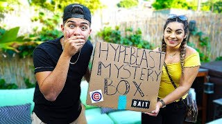 SURPRISING HUSBAND WITH A $500 HYPEBEAST MYSTERY BOX!!