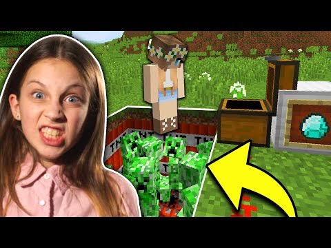 TROLLING MY LITTLE SISTER IN MINECRAFT!