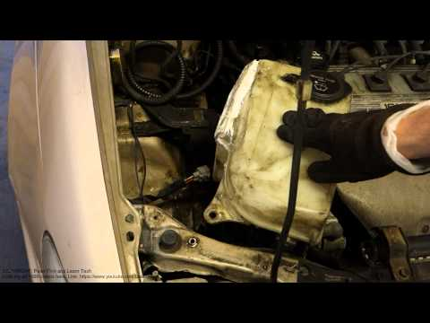 How to replace washer fluid tank Toyota Corolla. Years 1990 to 2002