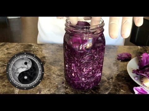 Lacto-Fermented Garlic Sauerkraut Recipe in just 10 minutes