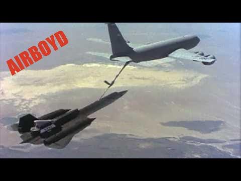 SR-71 LASRE refueling in flight from a KC-135