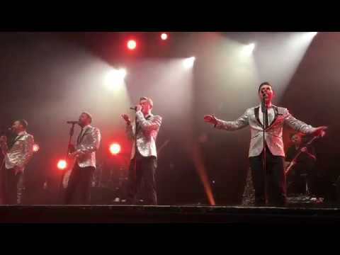 STUNNING!! Don't Make Me Over - Timmy Matley The Overtones in London indigo at the o2 20/12/2017