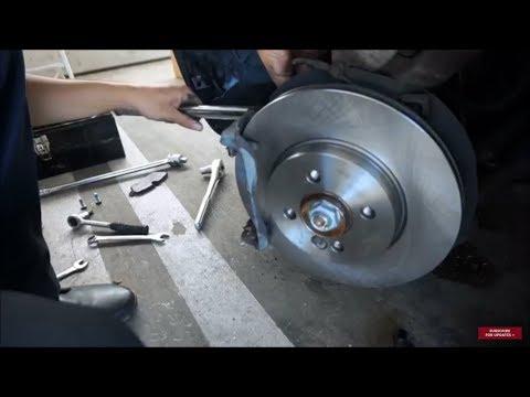 MINI Cooper - Front Brake Pad/Rotor Replacement