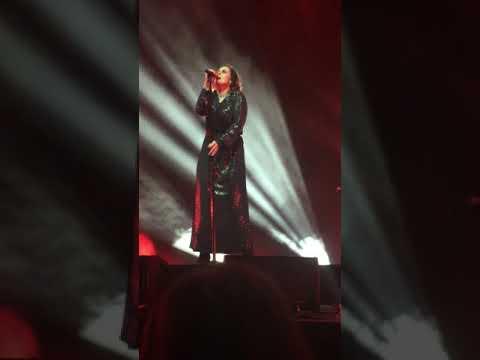 Alison Moyet - Don't Go (live in Melbourne, 7 Oct 2017)