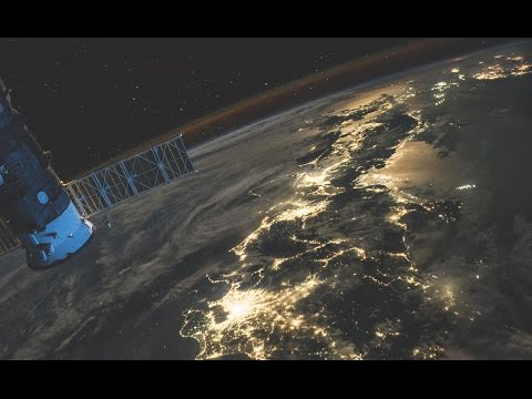 Earth in Human Hands: A Cosmic View of Our Planet's Past, Present and Future