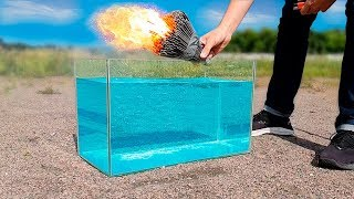 Experiment: 1000 Sparklers Under Water