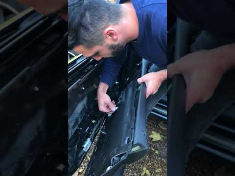 Audi A8 D3 Door Panel and Window Removal