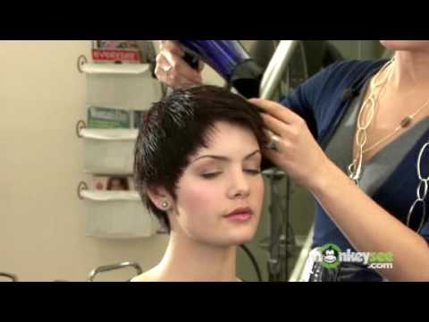 Short Hair Style - Audrey Hepburn Crop