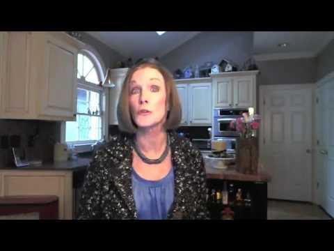 Best Diet for Women at 50    Kathleen Zelman    UHC TV
