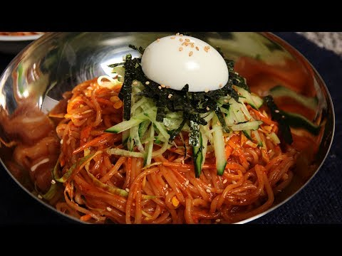Spicy Chewy Noodles (Jjolmyeon: 쫄면)