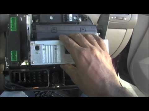 Radio removal in 2002 Honda Civic & Sony CD receiver installation Part-1