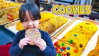 Cookies  Adventure for baby children toddler - Kids Favor Snacks While Christmas 2017 shopping