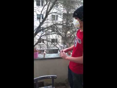 How to hold a smoke bomb in your hand (part 2)