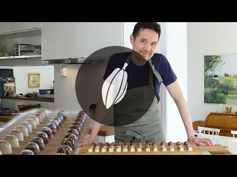 How to decorate pralines in four ways | Simply Chocolate & more