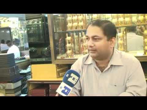 New Delhi's Dariba Kalan street, India's heart of gold market