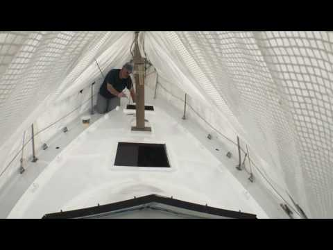 DIY Boat Restoration: Time-lapse Painting decks and coach roof with International Perfection