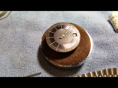 How to buff and restore a vintage watch Haste part 1 of 3