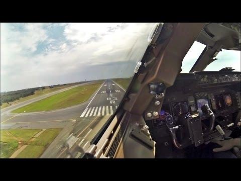 Boeing 747 Landing Johannesburg - Timelapse Cockpit View