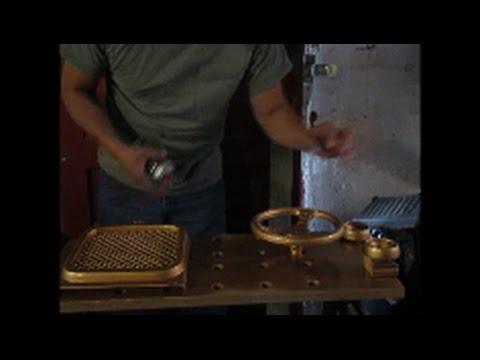 Krylon shiny GOLD spray paint Does it match the cap