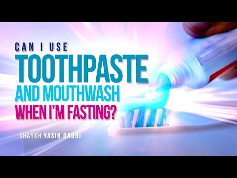 Can I Use Toothpaste And Mouthwash While I'm Fasting? | Shaykh Yasir Qadhi | Faith IQ