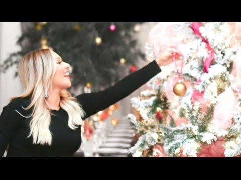 HOW TO THROW A CHRISTMAS PARTY   Holiday Party Vlog