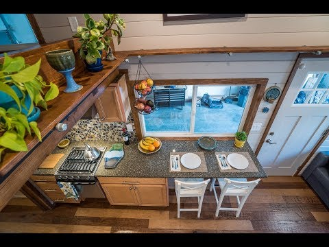 Big Freedom In This Gorgeous Tiny House