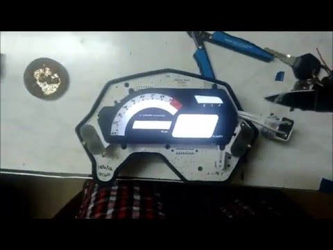 Speedometer LCD backlight colour change in Yamaha FZ