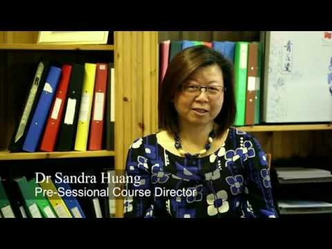 Discover the Pre-Sessional English Courses at The University of Essex