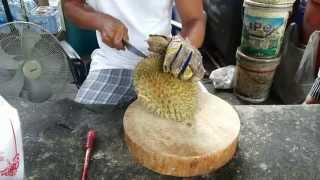 How To Cut and Open a Durian Fruit