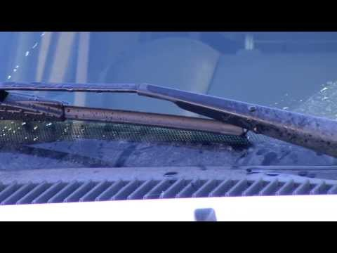 2001 Ford F150 Windshield Wiper Blade Replacement (Trico NeoForm Windshield Wiper Blades)