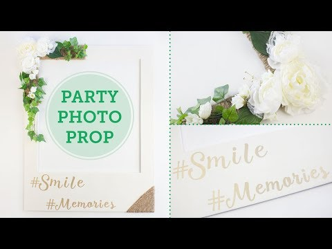 Party Photo Prop Frame Ideas | BalsaCircle.com