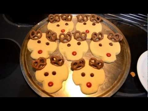 Rudolph The Red-Nosed Reindeer Christmas Cookies -- Cooking With Agent96 E#33