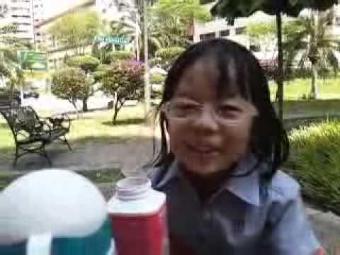 nepali gal 5 years old sarah pun speaking Chinese...