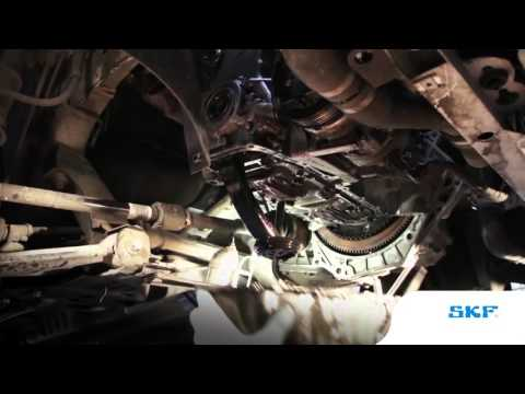 SKF - Removing a Timing chain system - part 1