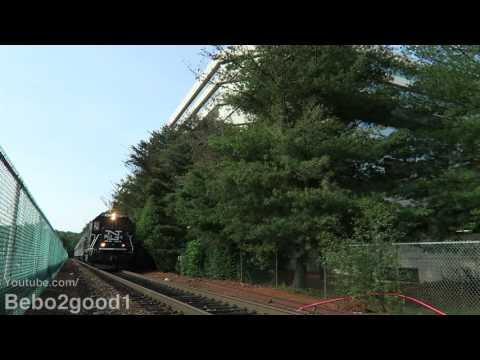 Metro-North Danbury Trains at Merritt 7, CT RR (BL20/P32)