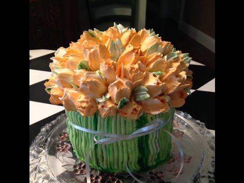 Buttercream Tulip Bouquet Cake Decorating