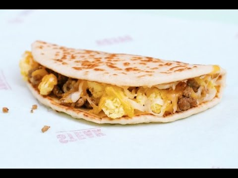 Taco Bell Flatbread Sausage Quesadilla Review