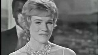 Julie Andrews Wins Best Actress: 1965 Oscars