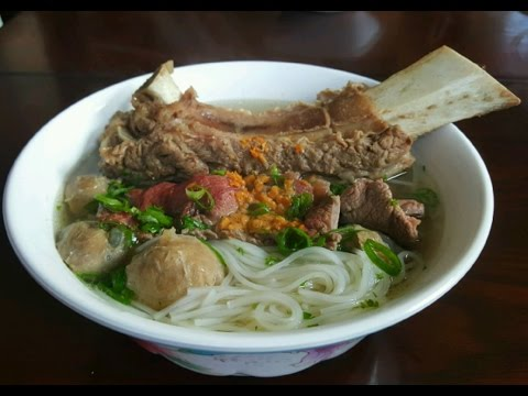 Simple Beef Pho Broth  (Beef broth for rice noodles)