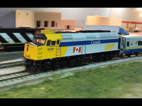 Amazing Canadian model railroad layout in HO scale | VIA Train