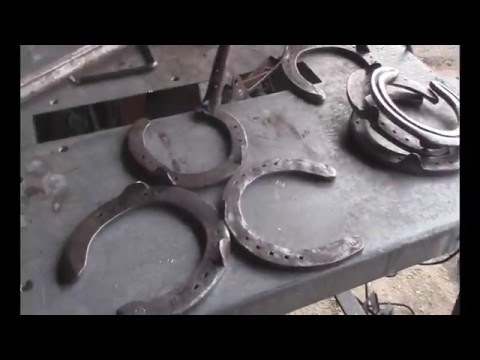 How to make a Boot Rack from FREE Horseshoes  - easy welding project