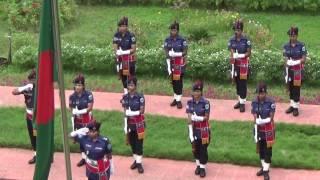 মহিলা পুলিশের অসাধারণ হাউজগার্ড সালামী।। BD Police