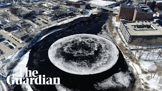 Download Moon river? Giant, spinning ice disc mesmerises in Maine Video