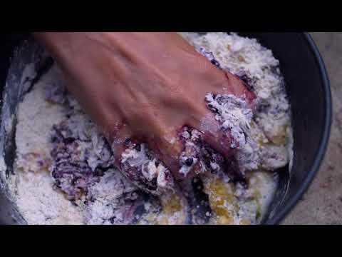 FarbFood - PURPLE - Leg of Venison in Pit Oven with Blackberry-Yogurt-Sauce ( FOOD VIDEO )