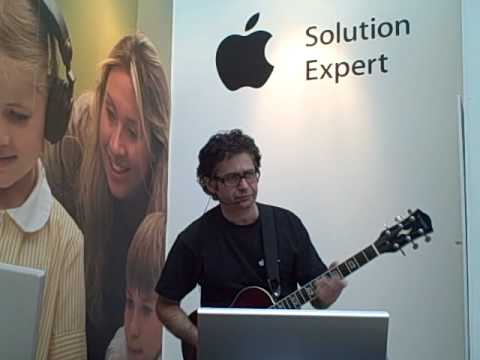 Joe Moretti live at Bett 2009