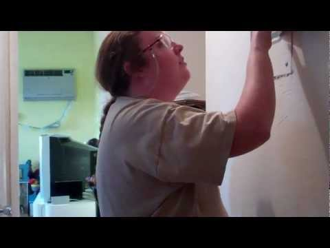 How to Remove a Broken Plug Prong From an Electrical Socket